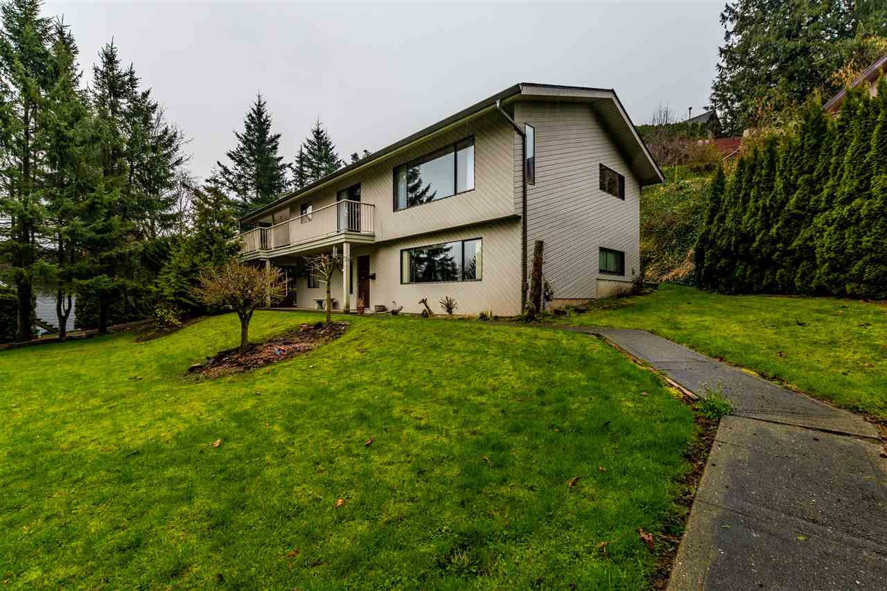 "Main Photo: 10105 KENSWOOD Drive in Chilliwack: Little Mountain House for sale in ""LITTLE MOUNTAIN"" : MLS®# R2450129"