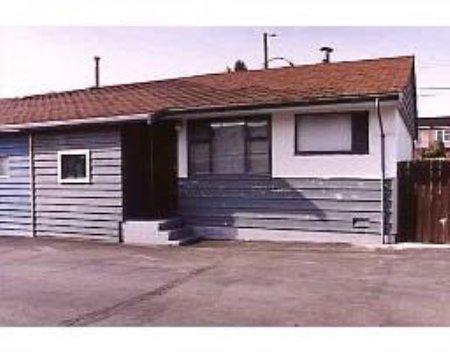 Main Photo: 7669 Kingsway: Condo for sale (Edmonds)  : MLS®# V541863
