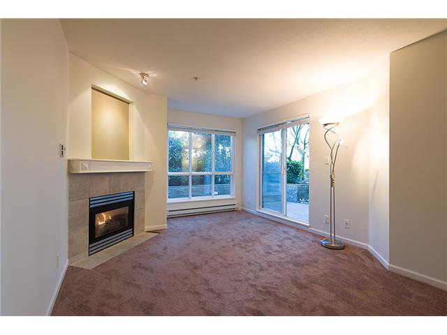 """Photo 3: Photos: # 106 8495 JELLICOE ST in Vancouver: Fraserview VE Condo for sale in """"RIVER GATE"""" (Vancouver East)  : MLS®# V1009758"""
