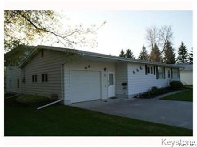 Main Photo: 56 Fifth Street North in EMERSON: Manitoba Other Residential for sale : MLS®# 1319938