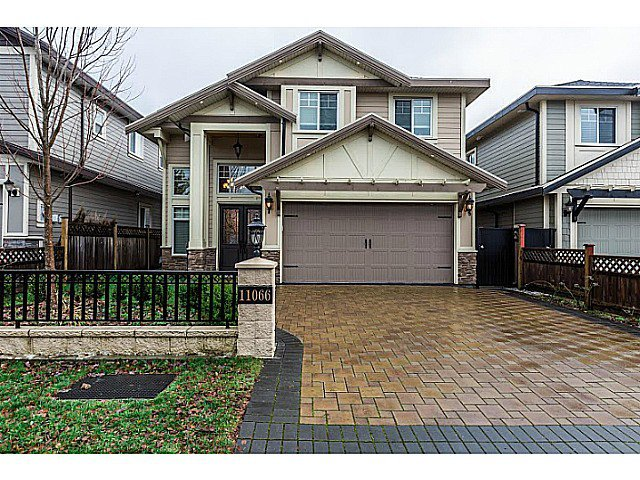 Main Photo: 11066 TRIMARAN GATE GT in Richmond: Steveston South House for sale : MLS®# V1097511