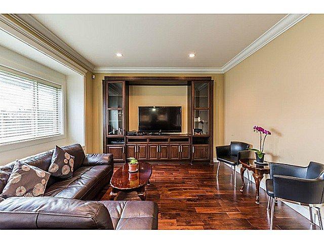 Photo 8: Photos: 11066 TRIMARAN GATE GT in Richmond: Steveston South House for sale : MLS®# V1097511