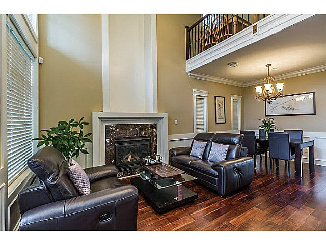 Photo 2: Photos: 11066 TRIMARAN GATE GT in Richmond: Steveston South House for sale : MLS®# V1097511