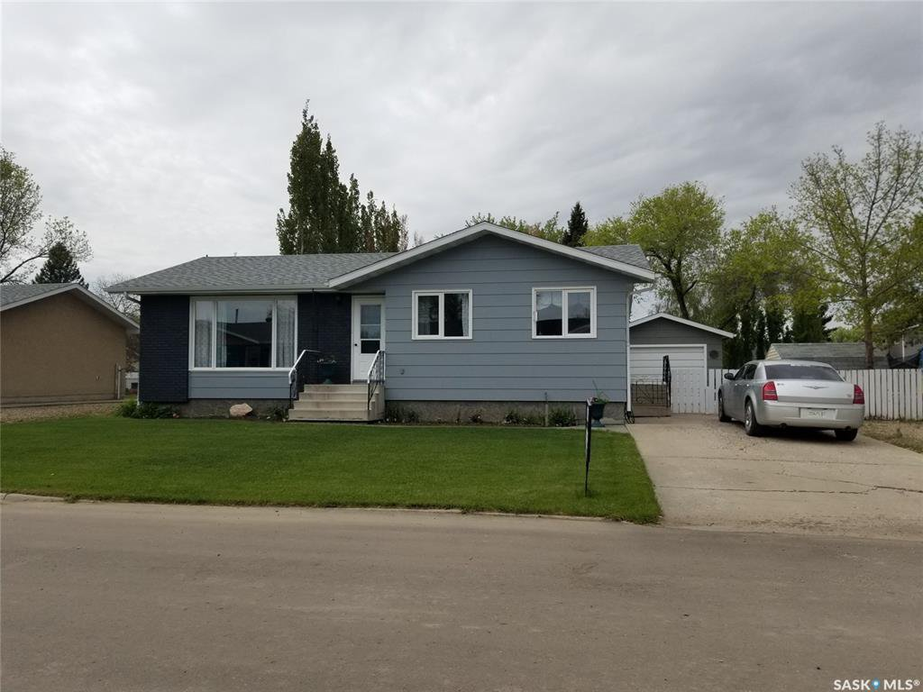 Main Photo: 105 Centennial Crescent in Unity: Residential for sale : MLS®# SK801548
