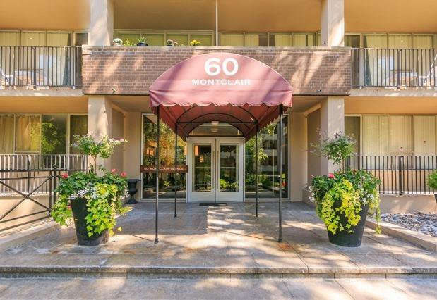 Main Photo: 303 60 Montclair Avenue in Toronto: Forest Hill South Condo for sale (Toronto C03)  : MLS®# C4827850