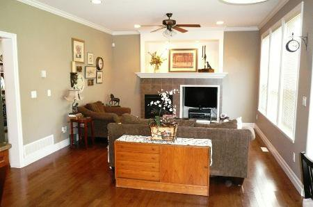 Photo 12: Photos: TRADITIONAL PLAN WITH CRAFTSMAN STYLING