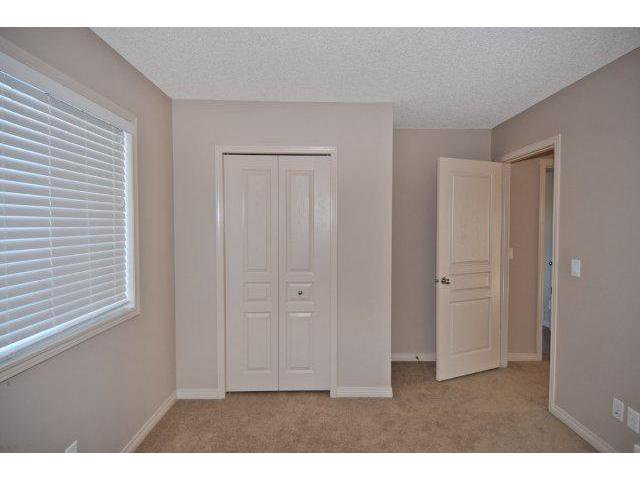 Photo 17: Photos: 105 VALLEYVIEW Court SE in CALGARY: West Dover Residential Detached Single Family for sale (Calgary)  : MLS®# C3536105
