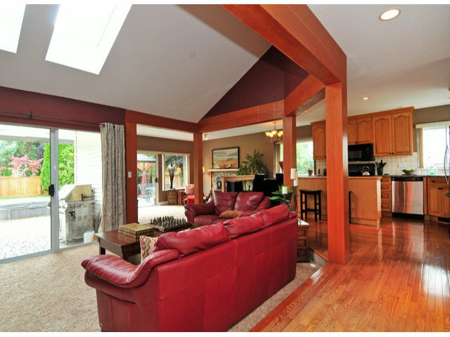 Photo 6: Photos: 19640 34A AV in Langley: Brookswood Langley House for sale : MLS®# F1322761