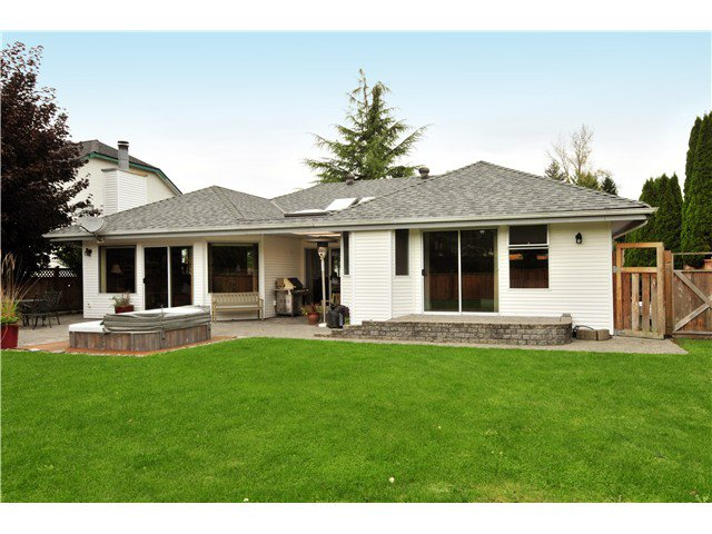 Photo 19: Photos: 19640 34A AV in Langley: Brookswood Langley House for sale : MLS®# F1322761