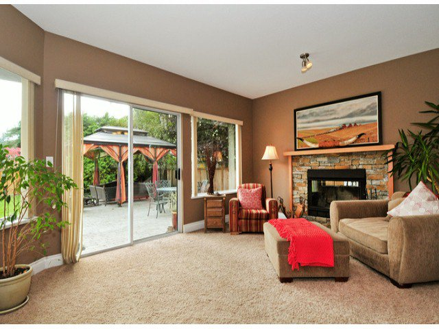 Photo 2: Photos: 19640 34A AV in Langley: Brookswood Langley House for sale : MLS®# F1322761