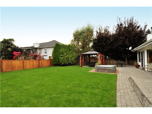 Photo 20: Photos: 19640 34A AV in Langley: Brookswood Langley House for sale : MLS®# F1322761