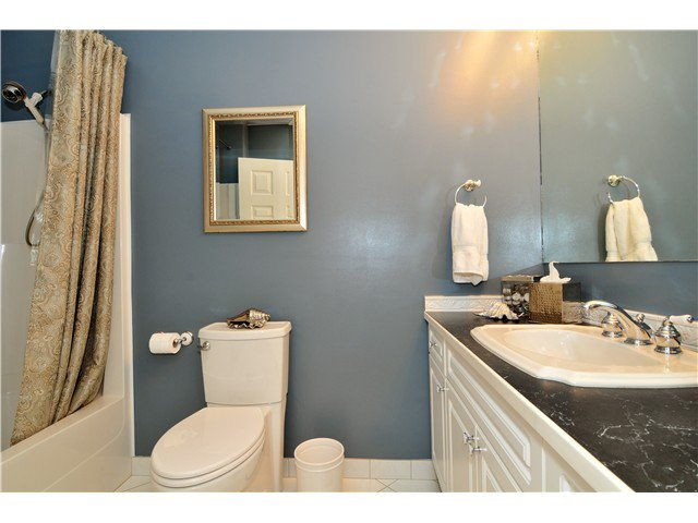 Photo 13: Photos: 19640 34A AV in Langley: Brookswood Langley House for sale : MLS®# F1322761
