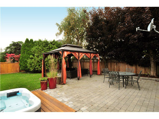 Photo 18: Photos: 19640 34A AV in Langley: Brookswood Langley House for sale : MLS®# F1322761