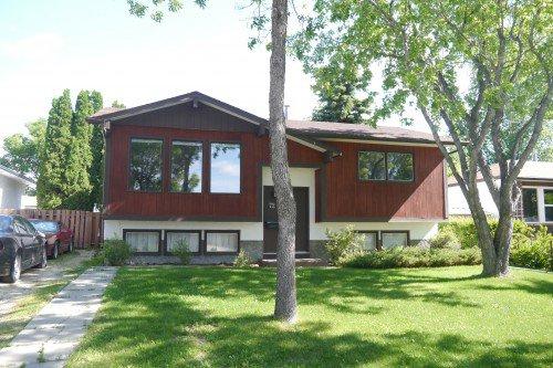 Main Photo: 72 Greensboro Bay in Winnipeg: Single Family Detached for sale (South Winnipeg)  : MLS®# 1505145
