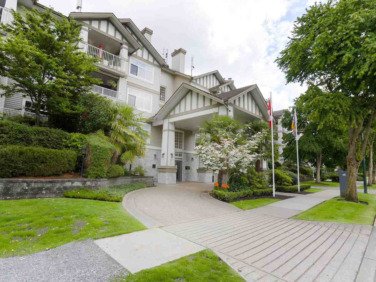 "Main Photo: 215 4770 52A Street in Delta: Delta Manor Condo for sale in ""WESTHAM LANE"" (Ladner)  : MLS®# R2466597"