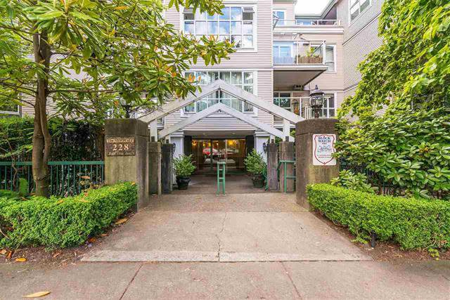 Main Photo: 405 - 228 East 18th Ave in Vancouver: Main Condo for sale (Vancouver East)