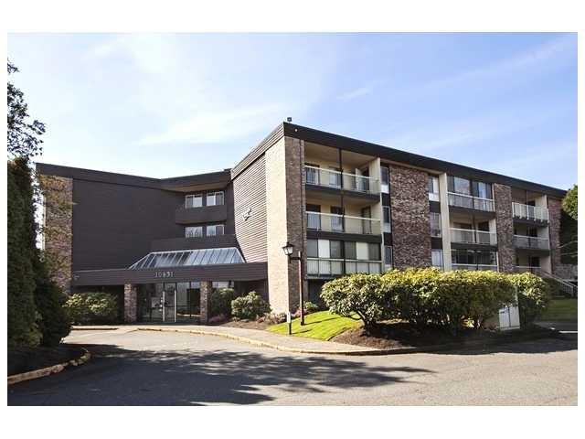 Main Photo: # 209 10631 NO 3 RD in Richmond: Broadmoor Condo for sale : MLS®# V1066835