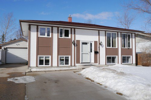 Main Photo: 60 Crobett Drive in Winnipeg: Crestview Single Family Detached for sale (West Winnipeg)  : MLS®# 1505075