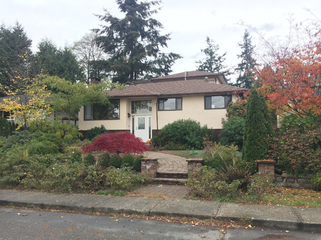 Main Photo: 608 E 2nd Street in North Vancouver: Lower Lonsdale House for sale