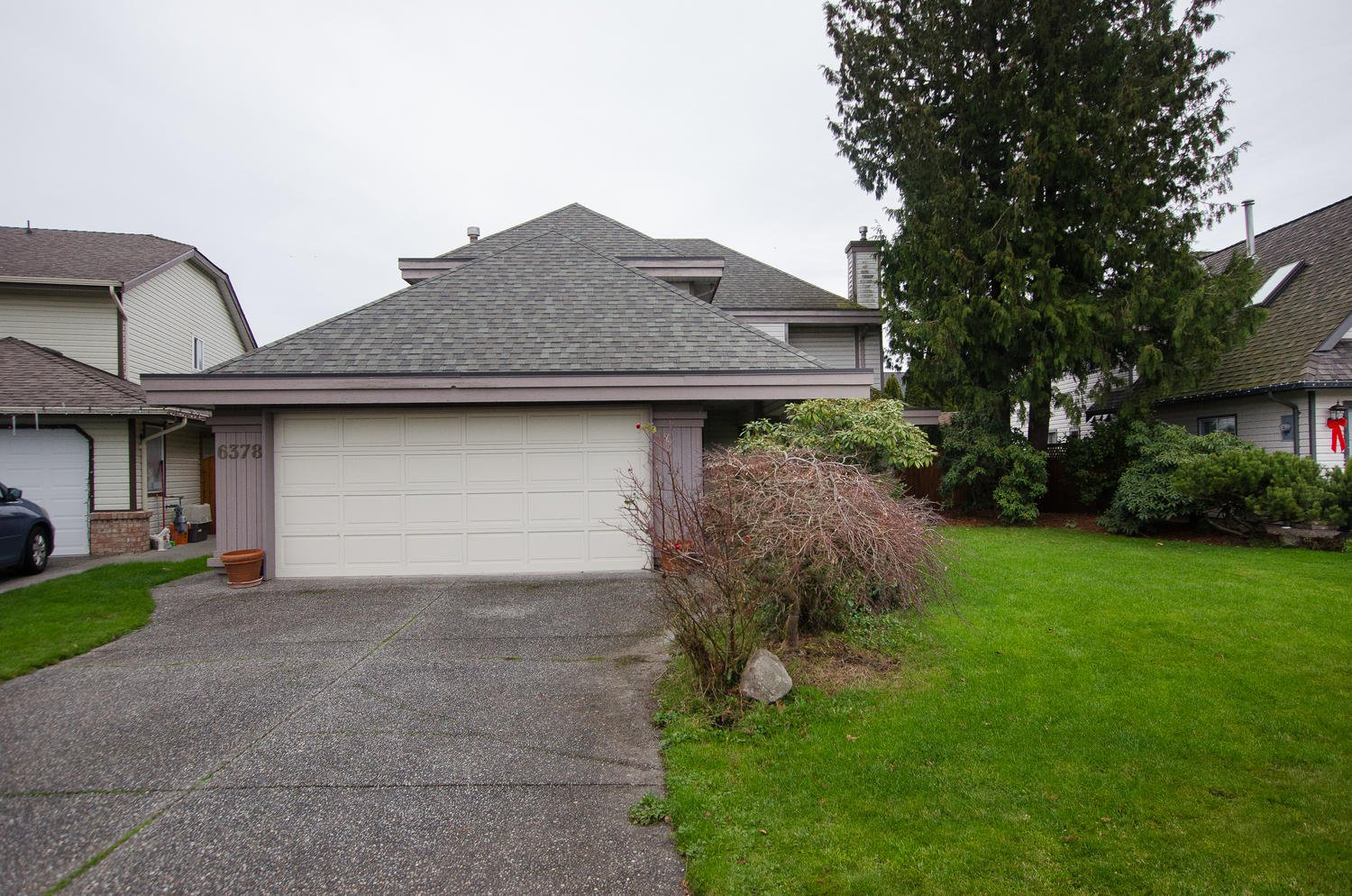Main Photo: 6378 45B AVENUE in Delta: Holly House for sale (Ladner)