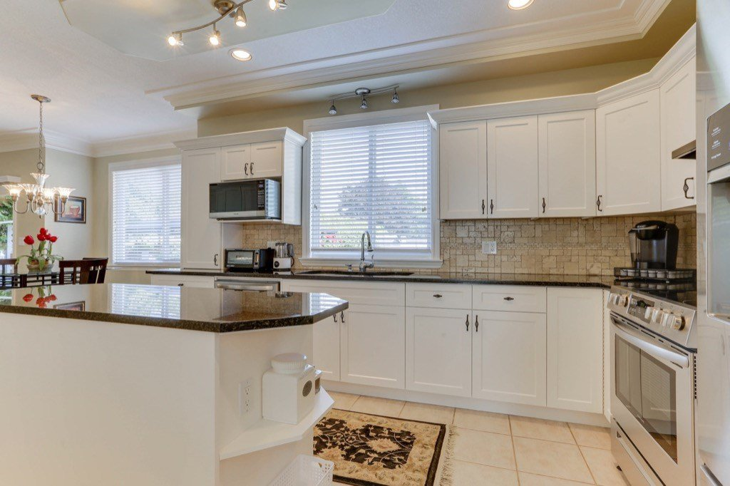 """Photo 15: Photos: 9202 202B Street in Langley: Walnut Grove House for sale in """"COUNTRY CROSSING"""" : MLS®# R2469582"""