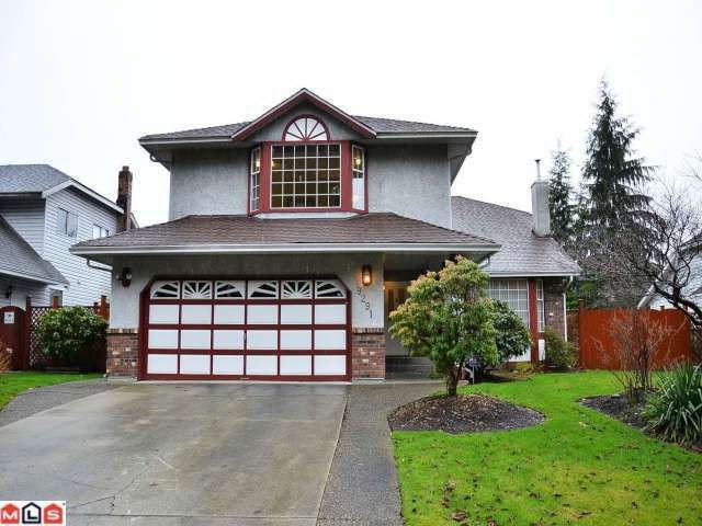 "Main Photo: 9291 158TH Street in Surrey: Fleetwood Tynehead House for sale in ""BEL-AIR ESTATES"" : MLS®# F1204654"