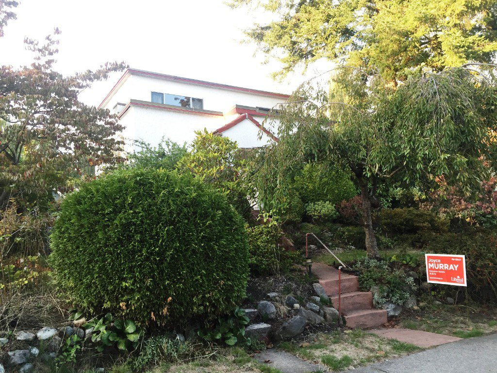 Photo 1: Photos: 4267 W 15TH AVE in VANCOUVER: Point Grey House for sale (Vancouver West)