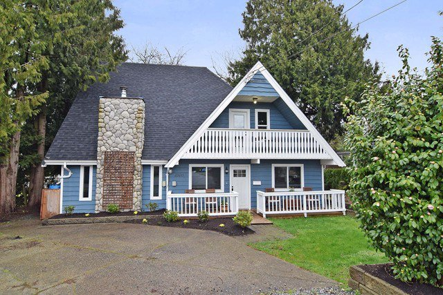 Main Photo: 23211 ST ANDREWS AVENUE in Langley: Fort Langley House for sale : MLS®# R2041032