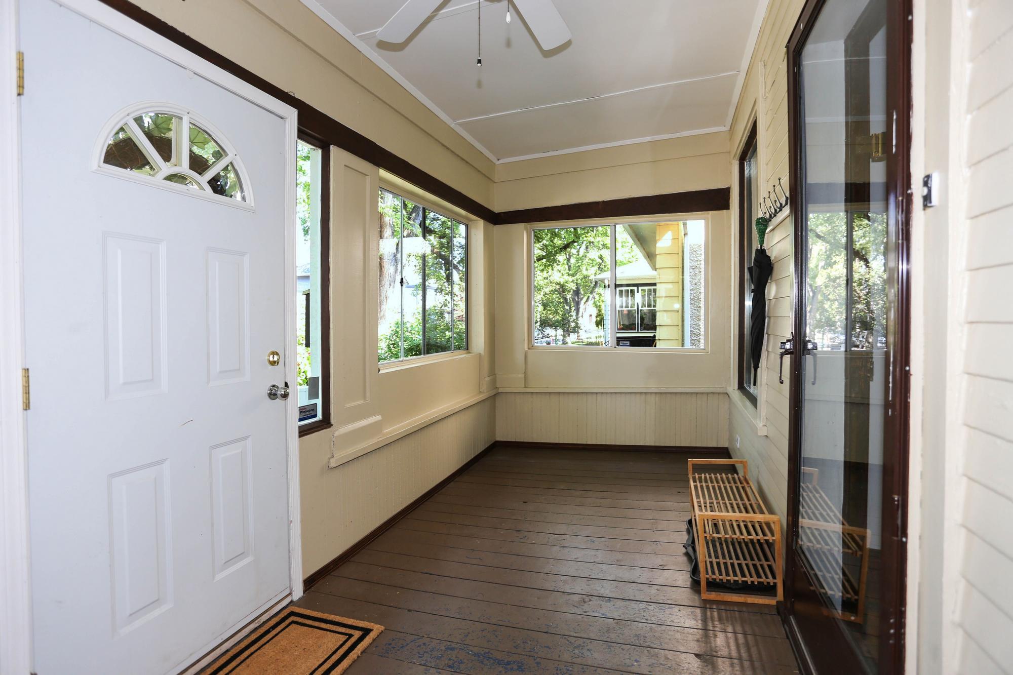 Photo 4: Photos: 105 Evanson Street in Winnipeg: Wolseley Single Family Detached for sale (5B)  : MLS®# 1821900