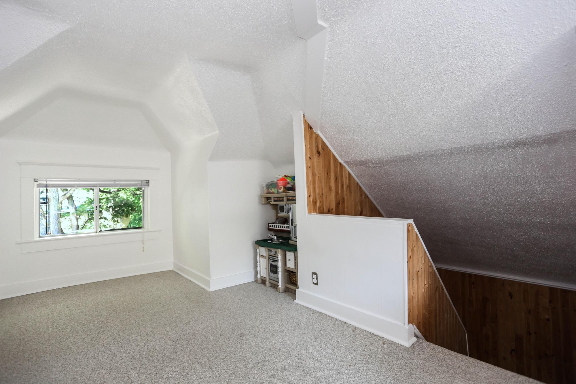 Photo 27: Photos: 105 Evanson Street in Winnipeg: Wolseley Single Family Detached for sale (5B)  : MLS®# 1821900