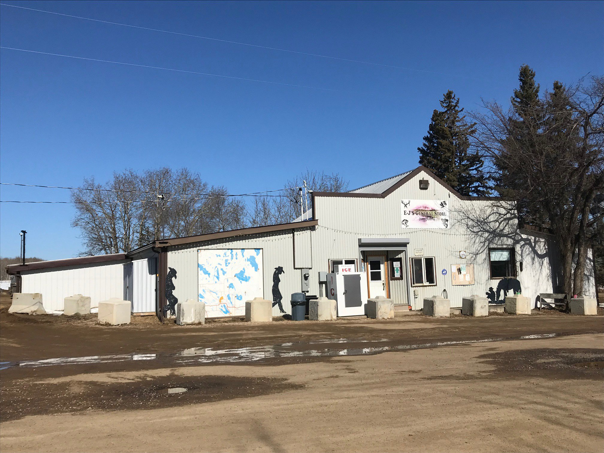 Business with Property and building for sale!