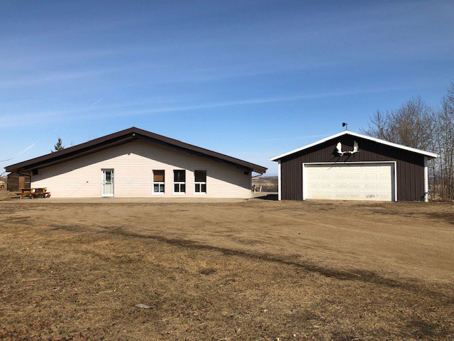 Main Photo: Pt SE 17-45-7-W4 in MD of Wainwright: Wainwright Rural House with Acreage for sale : MLS®# 65669