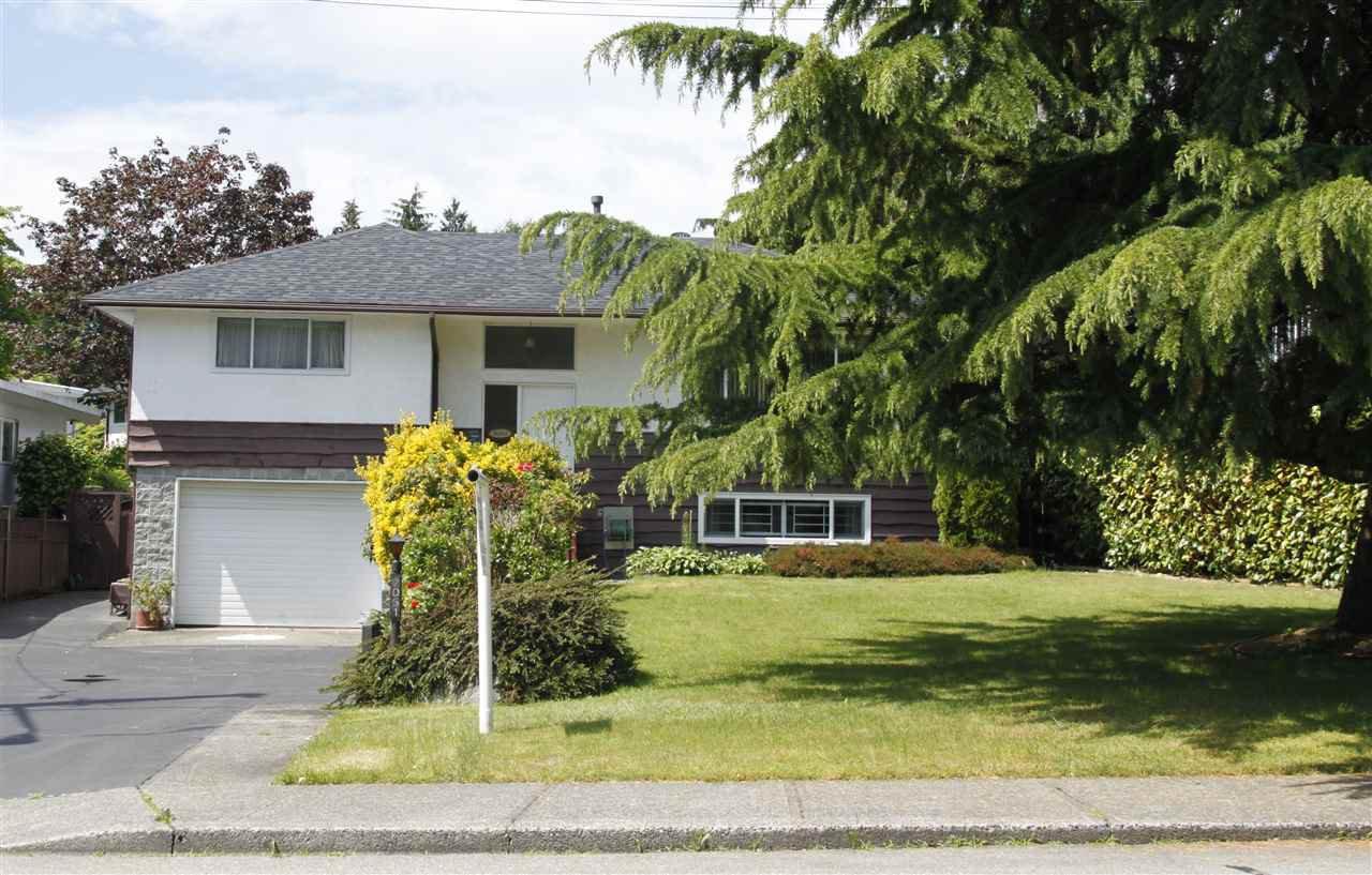 Main Photo: 2051 JORDAN DRIVE in : Parkcrest House for sale : MLS®# R2371754