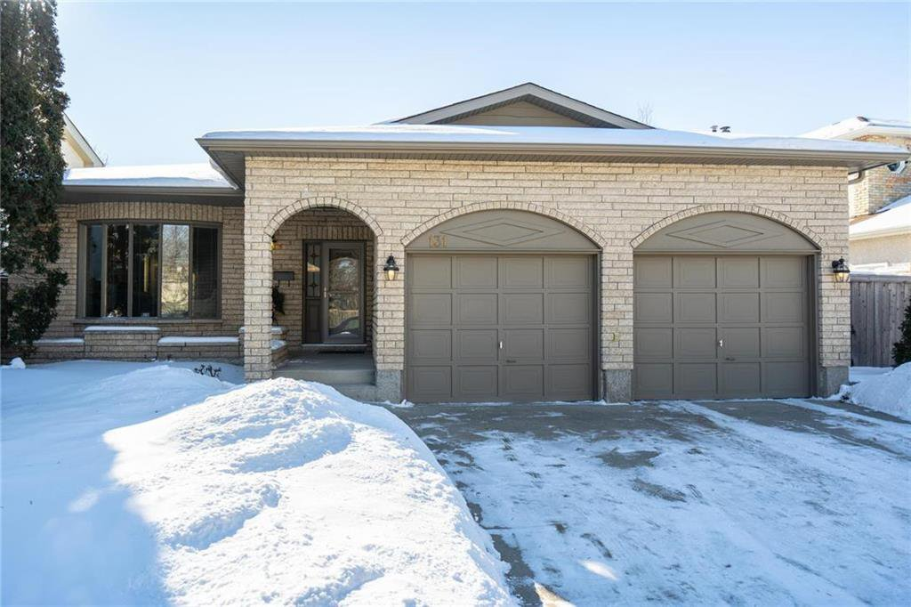 Main Photo: 131 Lindenwood Drive West in Winnipeg: Linden Woods Residential for sale (1M)  : MLS®# 202002978