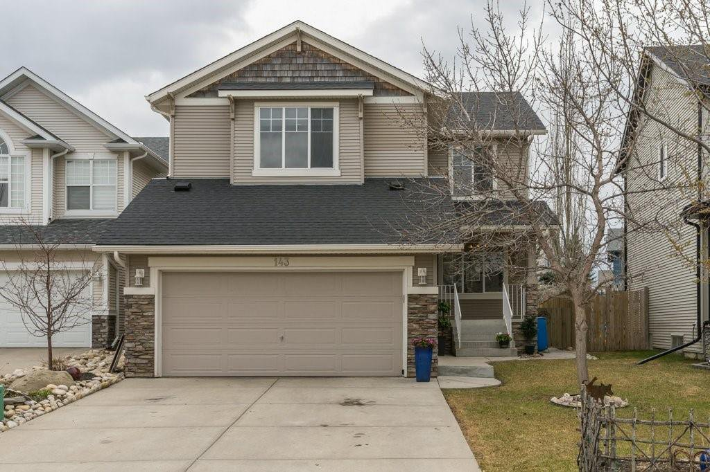 Main Photo: 143 COUGARSTONE Garden SW in Calgary: Cougar Ridge Detached for sale : MLS®# C4295738