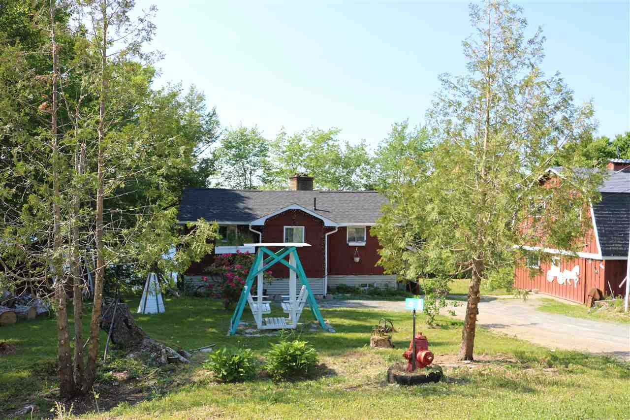 Main Photo: 44 North Uniacke Lake Road in Mount Uniacke: 105-East Hants/Colchester West Residential for sale (Halifax-Dartmouth)  : MLS®# 202010994