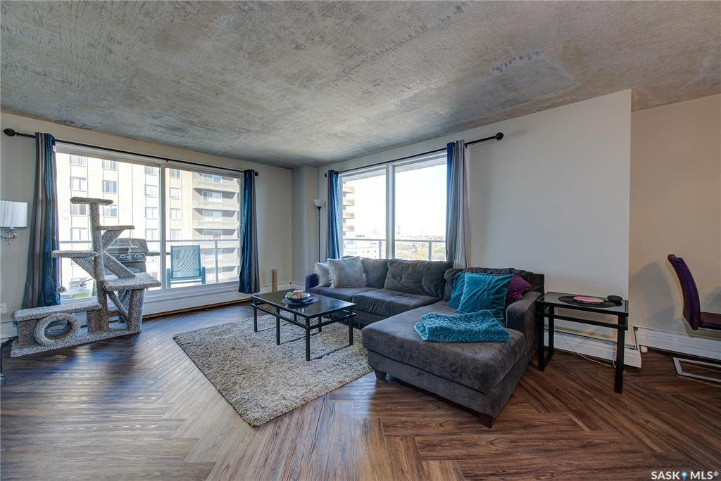 Main Photo: 1502 320 5th Avenue North in Saskatoon: Central Business District Residential for sale : MLS®# SK830771