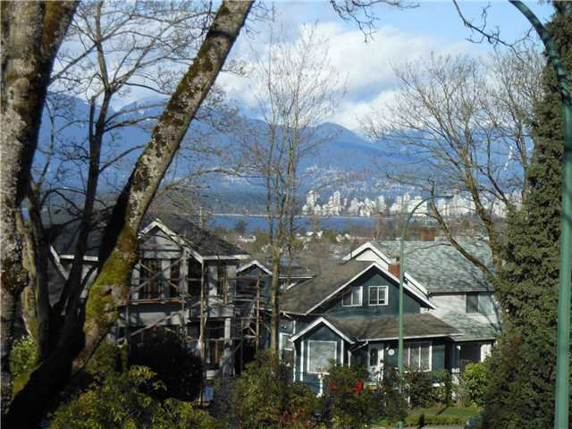 Main Photo: 102 3784 W 16TH Avenue in Vancouver: Dunbar Condo for sale (Vancouver West)  : MLS®# V1000017
