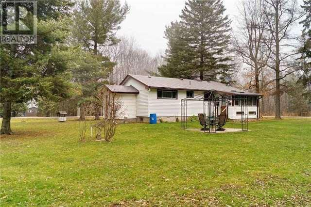 Main Photo: 34 Shier Avenue: Brock Freehold for sale (Durham)  : MLS®# N3376172