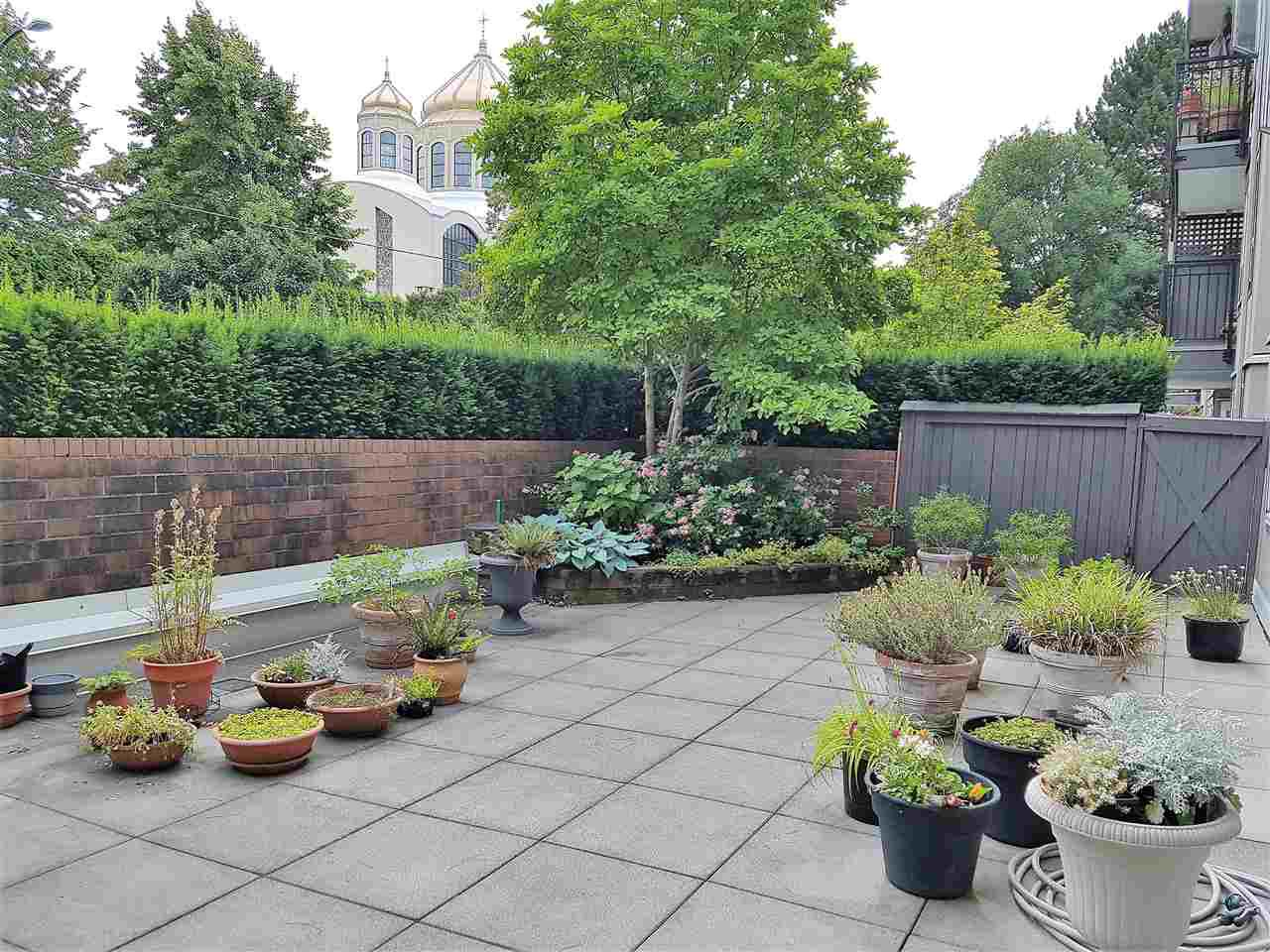 Private fenced patio
