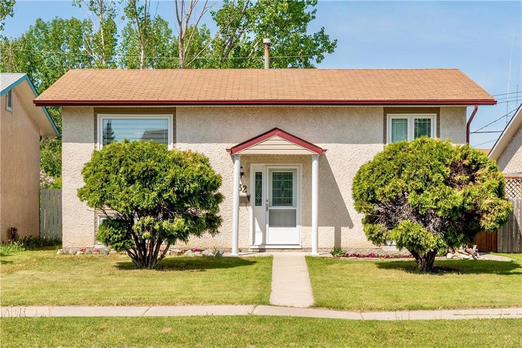 Main Photo: 32 Code Street in Winnipeg: Tyndall Park Residential for sale (4J)  : MLS®# 202012340