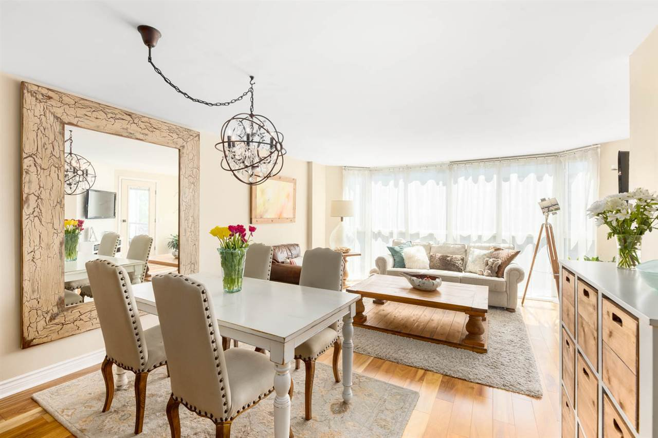 """Main Photo: 403 456 MOBERLY Road in Vancouver: False Creek Condo for sale in """"Pacific Cove"""" (Vancouver West)  : MLS®# R2470128"""