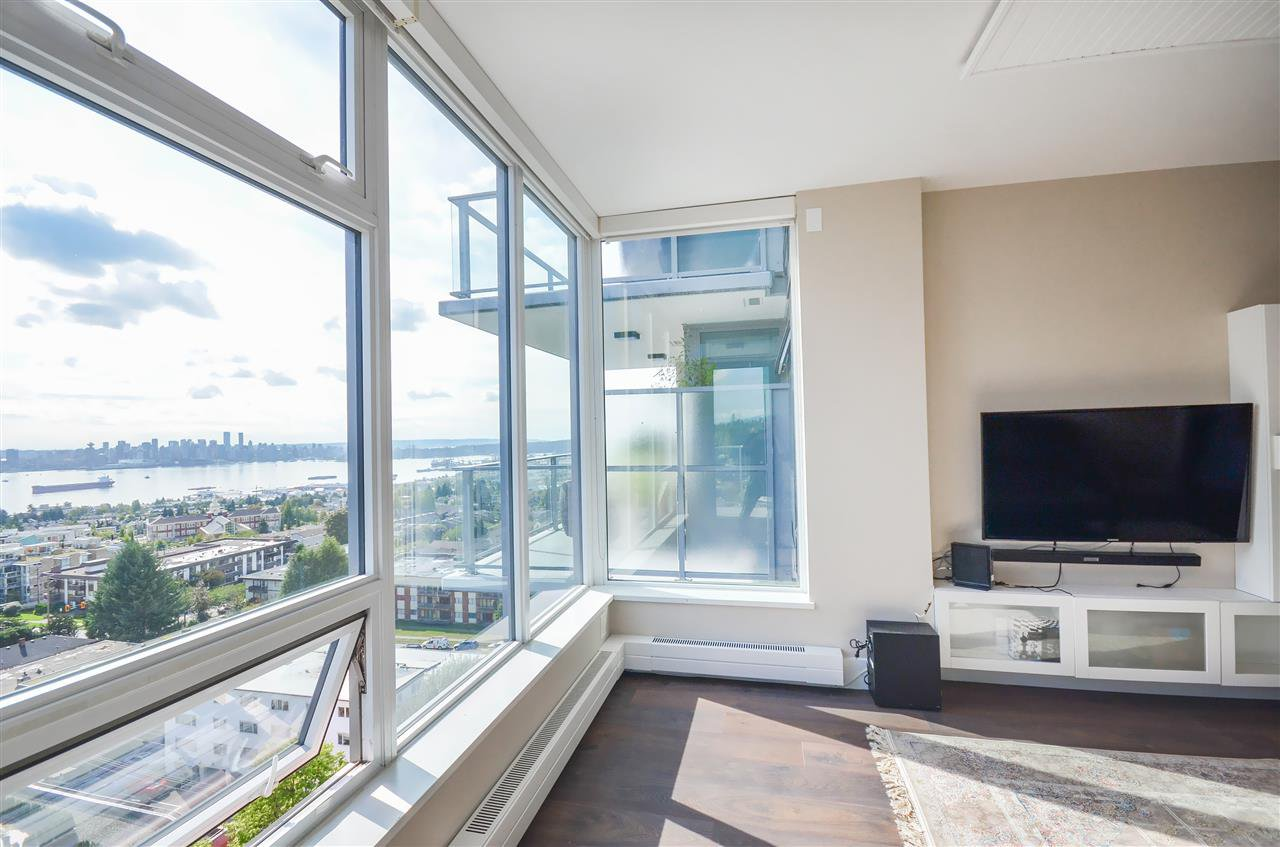 Main Photo: 1203 150 W 15TH Street in North Vancouver: Central Lonsdale Condo for sale : MLS®# R2498901