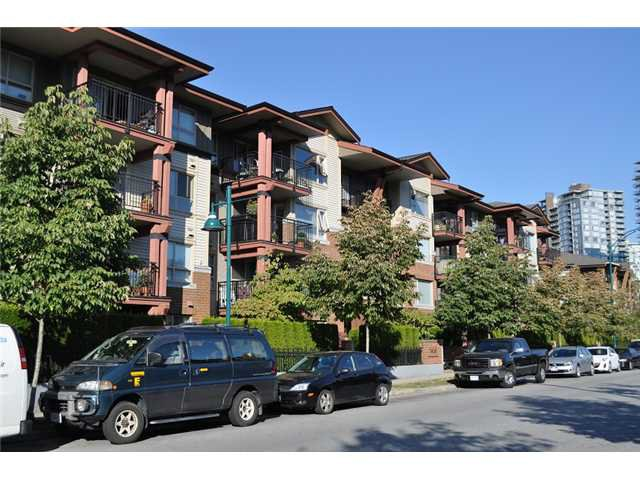 Main Photo: 412 200 KLAHANIE Drive in Port Moody: Port Moody Centre Condo for sale : MLS®# V971897