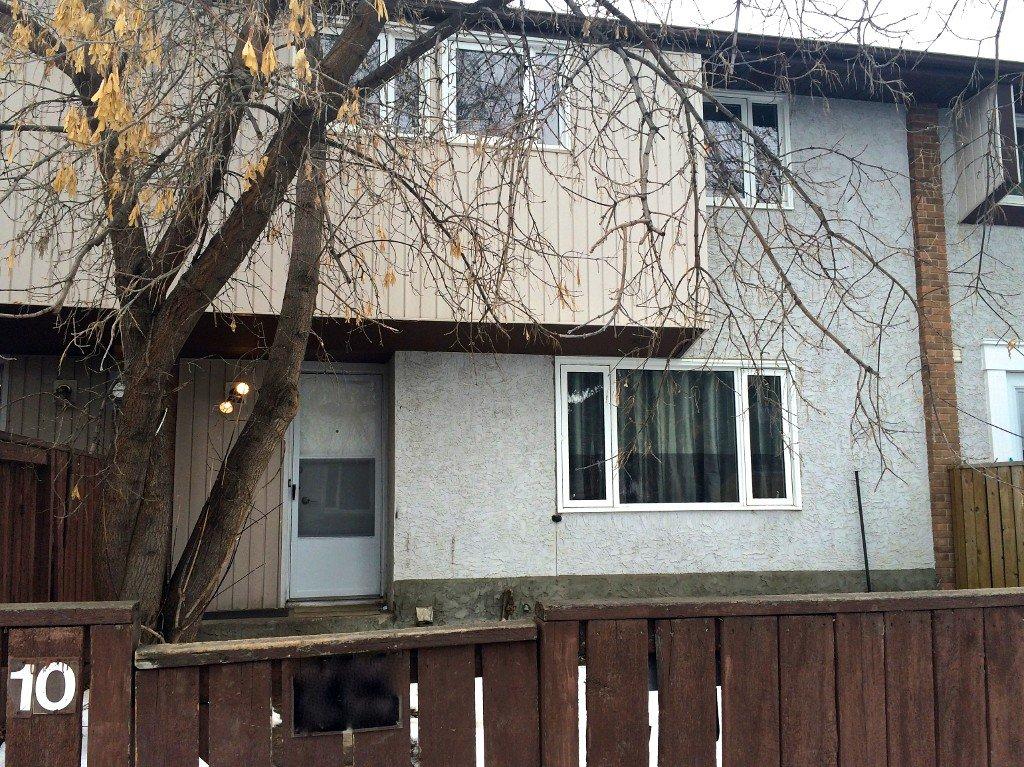 Main Photo: 10 14315 82 Street NW: Edmonton Townhouse for sale : MLS®# E3407759