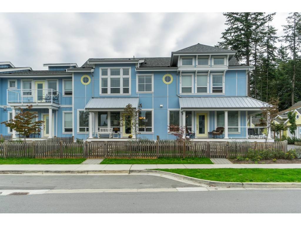 "Main Photo: 2 44849 ANGLERS Boulevard in Sardis: Vedder S Watson-Promontory Townhouse for sale in ""The Current"" : MLS®# R2407446"