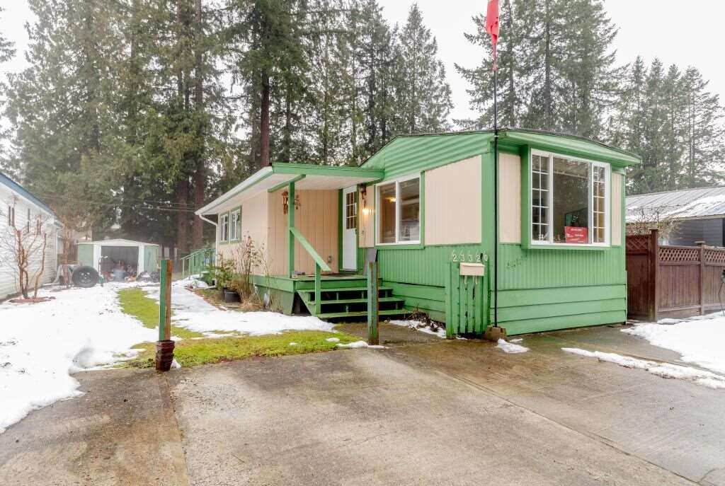 """Main Photo: 41 23320 CALVIN Crescent in Maple Ridge: East Central Manufactured Home for sale in """"Garibaldi Mobile Home Park"""" : MLS®# R2427332"""