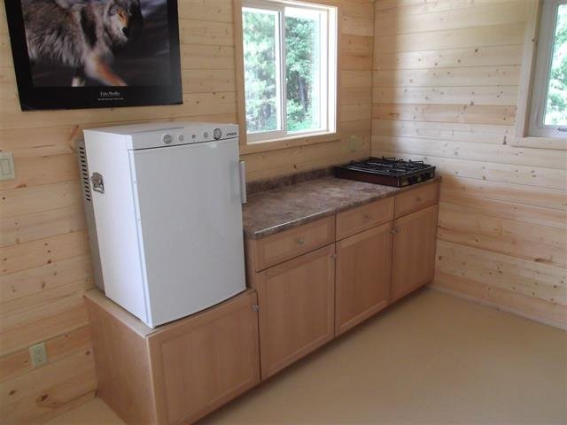 Photo 2: Photos: 3368 HENDRIX Road in Canim Lake: Canim/Mahood Lake House for sale (100 Mile House (Zone 10))  : MLS®# R2435282