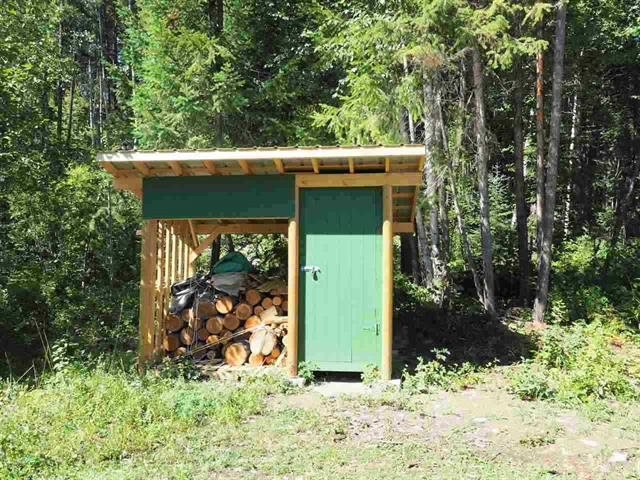 Photo 10: Photos: 3368 HENDRIX Road in Canim Lake: Canim/Mahood Lake House for sale (100 Mile House (Zone 10))  : MLS®# R2435282