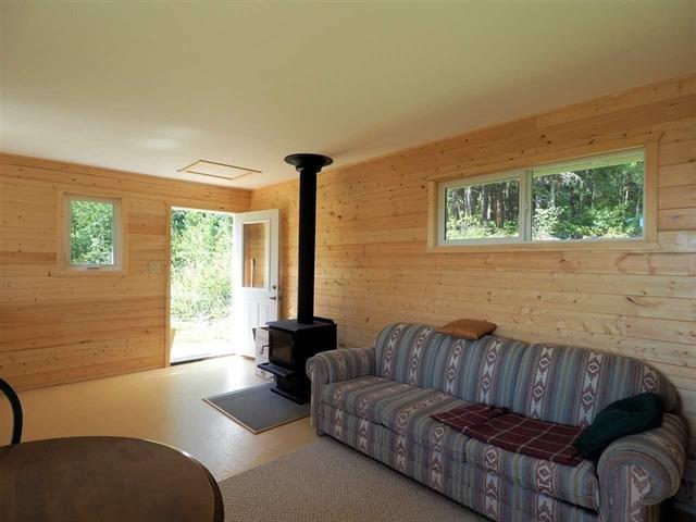 Photo 9: Photos: 3368 HENDRIX Road in Canim Lake: Canim/Mahood Lake House for sale (100 Mile House (Zone 10))  : MLS®# R2435282